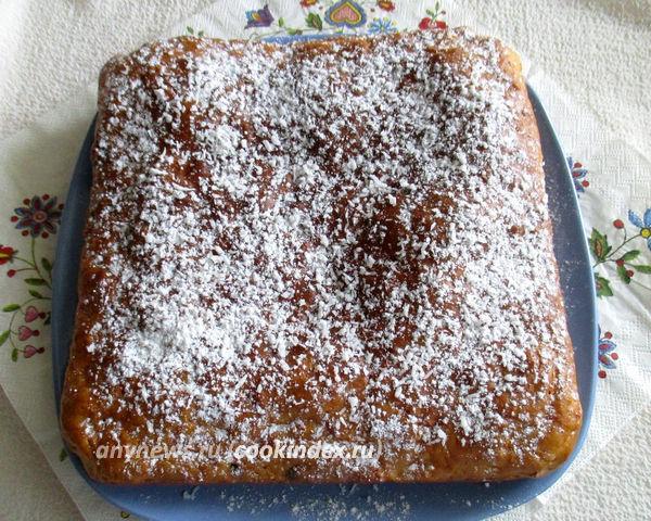Пирог с тыквой и изюмом на простокваше
