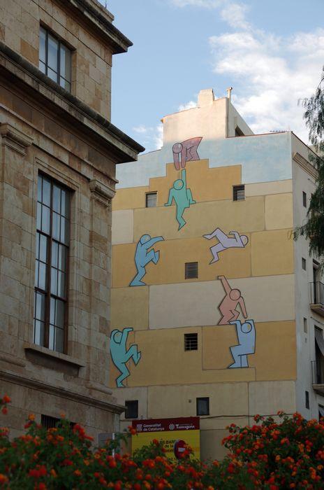 Дом с граффити. Таррагона, Испания