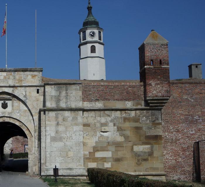 Вход в крепость, Белград