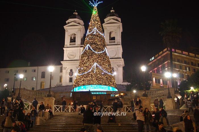 Испанская лестница на Рождество