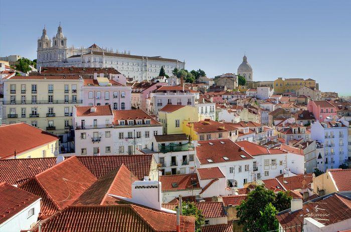 Алфама — старейший исторический район Лиссабона