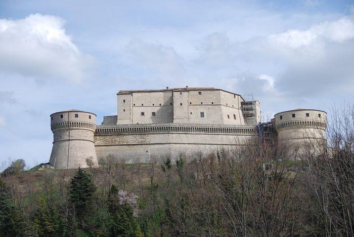 Крепость, Сан-Лео