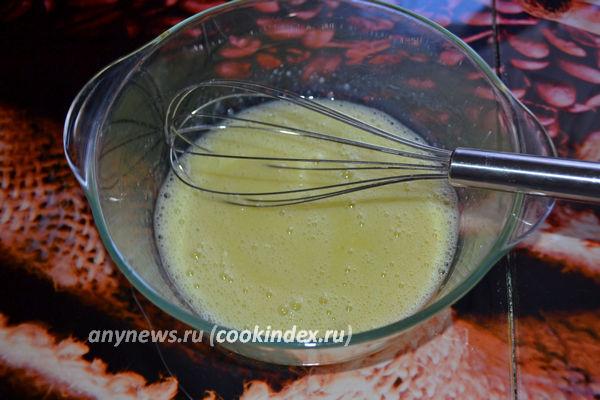 Сырные блинчики с зеленью на молоке