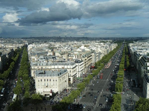 Елисейские поля. Париж.