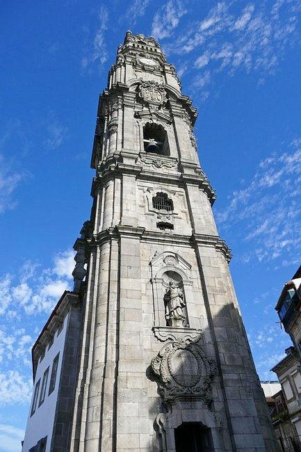 Колокольня церкви Клеригуш, Порту