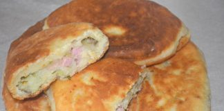 Пирожки с картошкой и колбасой - рецепт
