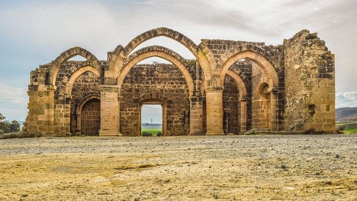 Айос Сазаменос, Кипр