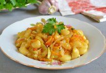 Макароны с овощами по-китайски - рецепт с фото