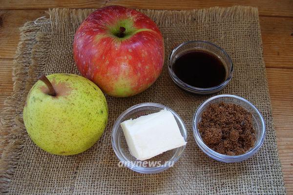 Яблоки и груши фламбе