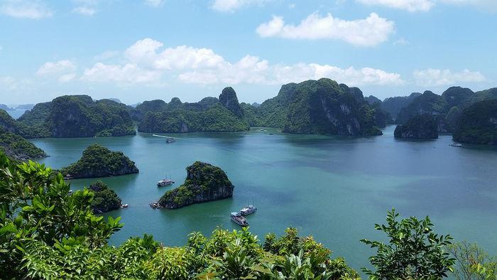 Вьетнам, бухта Халонг