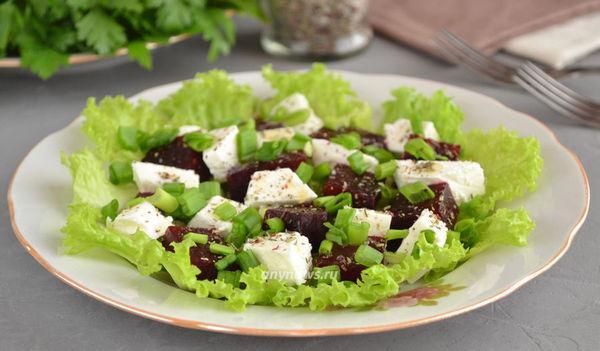 Салат из свеклы с сыром Фета - рецепт