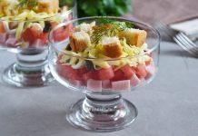 салат из ветчины, грибов и сыра - рецепт с фото