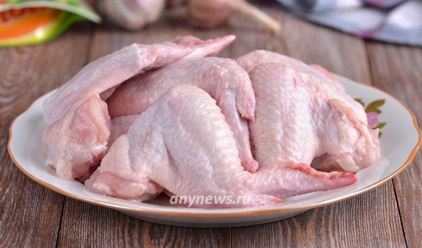 Куриные крылышки в майонезе и чесноке в духовке