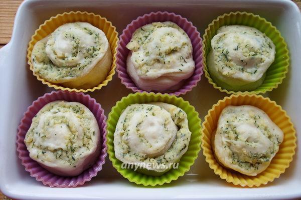 Закусочные булочки с сыром и чесноком