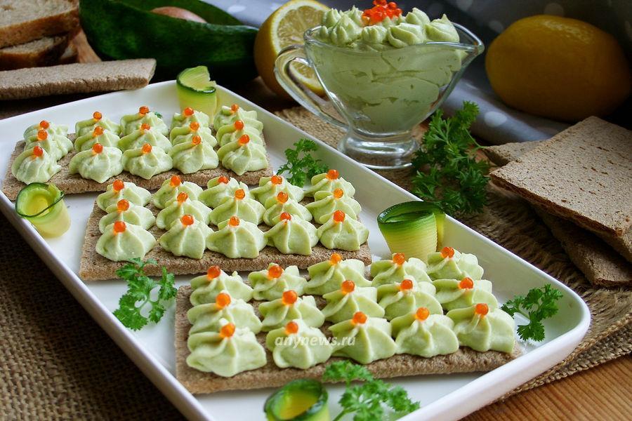 Паста из авокадо с творогом - рецепт