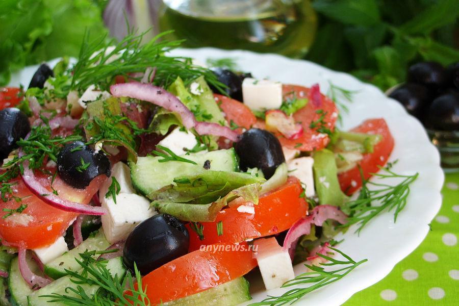 Салат с брынзой и овощами - рецепт