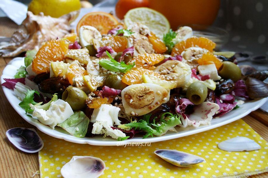 Салат с мидиями и перепелиными яйцами - рецепт