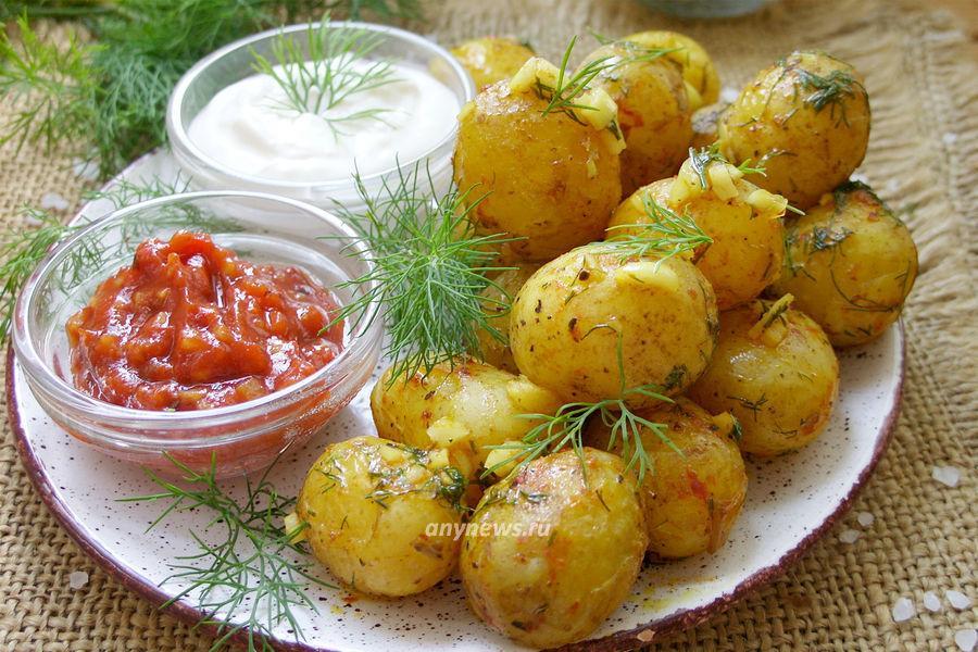 Молодая картошка в микроволновке - рецепт