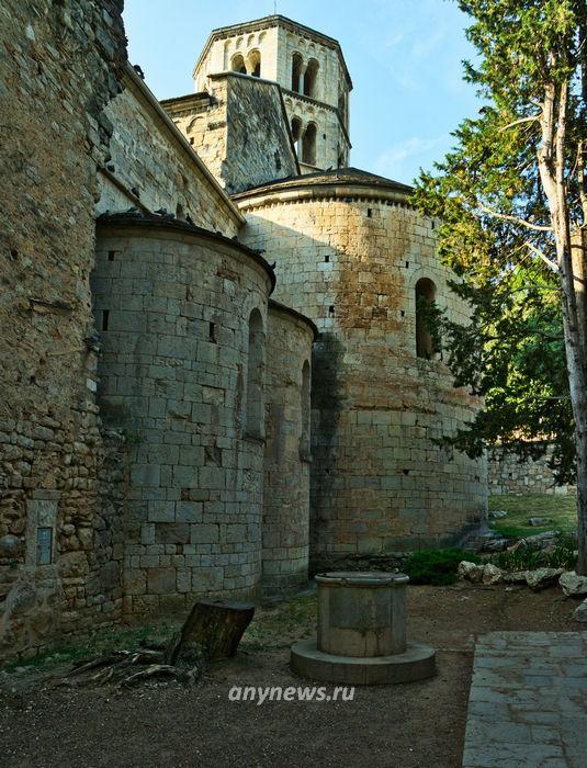 Археологический музей в старом монастыре