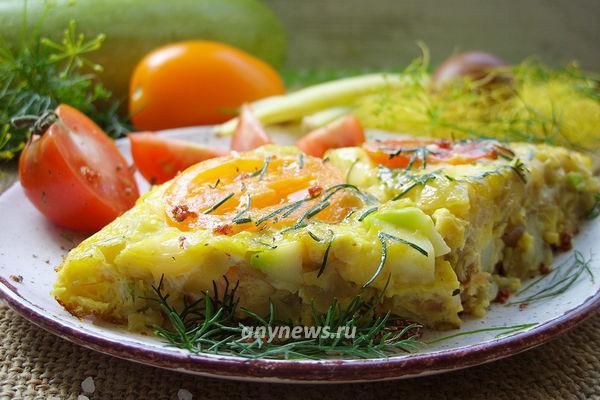 Фриттата с кабачками и помидорами