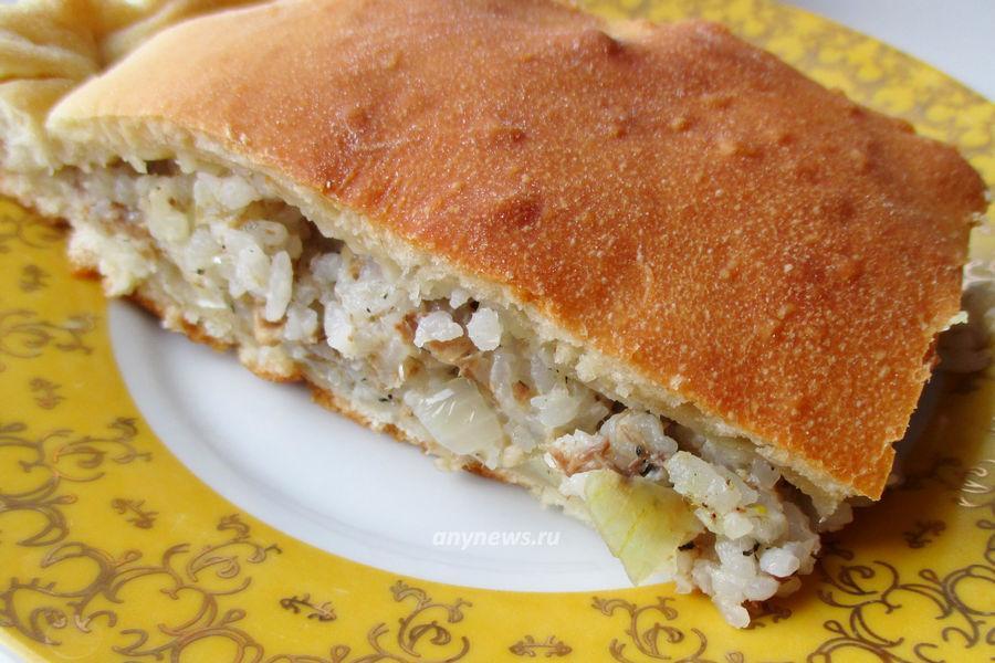 Пирог с сайрой и рисом - рецепт