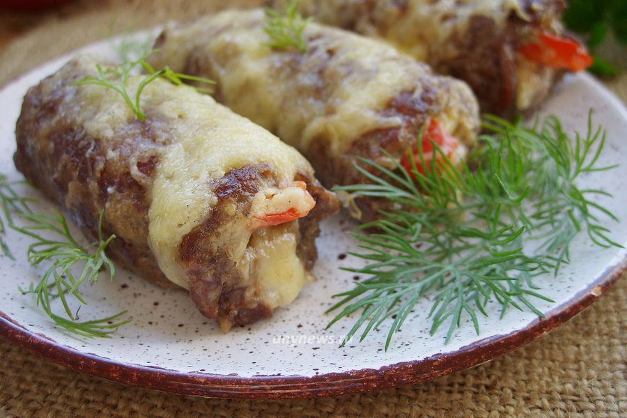 Рулетики из говядины с начинкой - рецепт