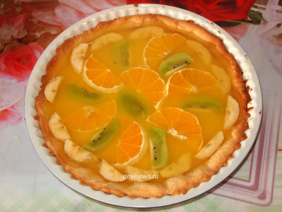 Песочный торт с желе и фруктами - рецепт
