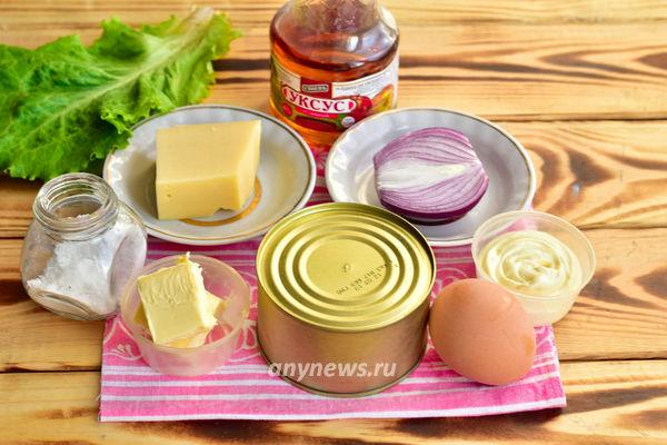 Салат Мимоза с рыбными консервами - ингредиенты