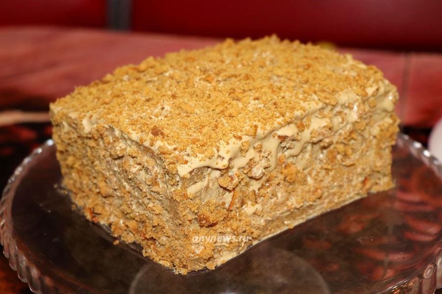 Бисквитный торт с творожным кремом - рецепт