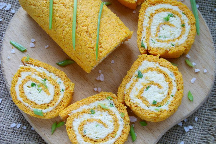 Морковный рулет с сыром - рецепт