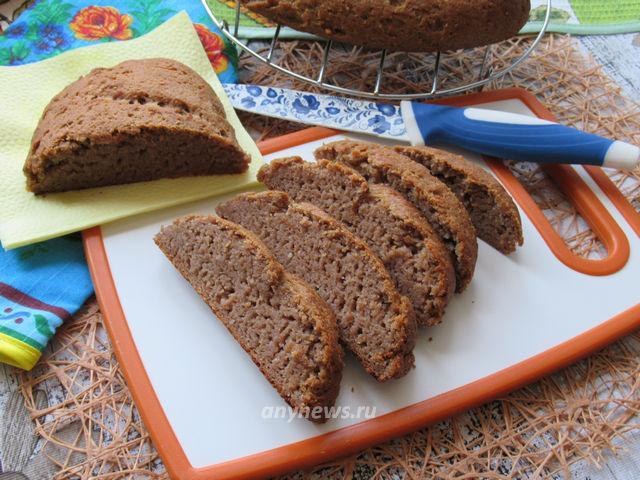 Гречневый хлеб с грецкими орехами и арахисом