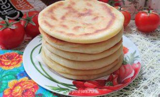 Хачапури на кефире с сыром - рецепт с фото
