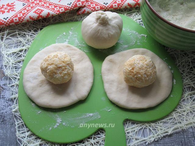 Хачапури на кефире с сыром на сковороде