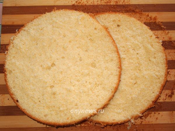 Бисквитный торт с кремом зефир - режем коржи