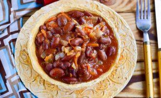 Фасоль тушеная с овощами на сковороде - рецепт
