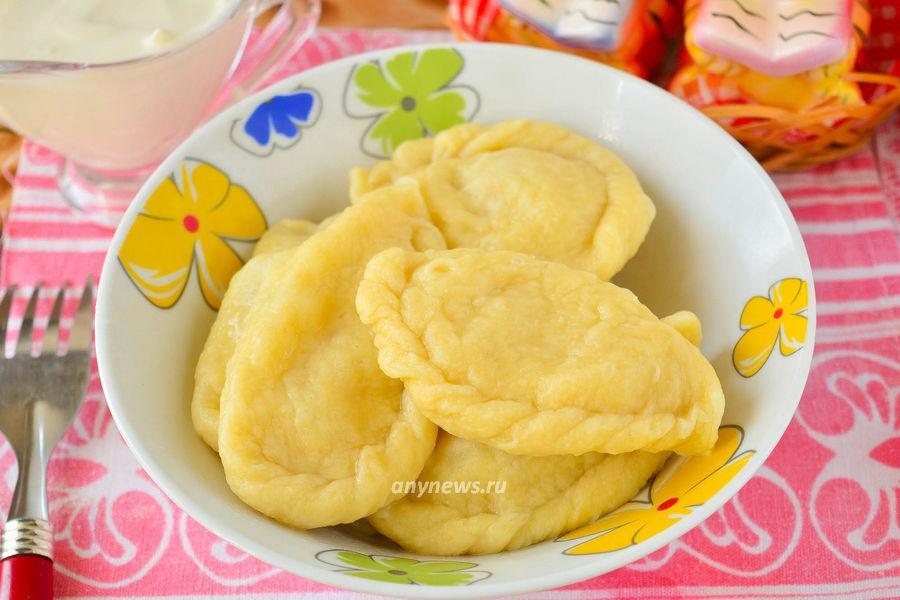 Вареники с картошкой и жареным луком - рецепт