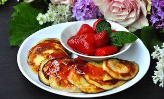 Фруктовые оладьи с яблоком и бананом - рецепт с фото