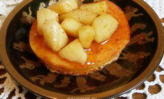 сладкие гренки с яблоком и корицей