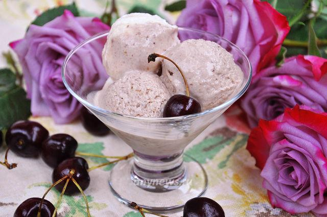 домашнее мороженое из вишни