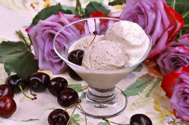 Вишневое мороженое в домашних условиях