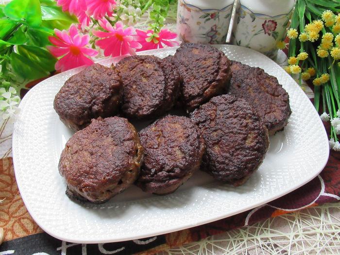 Печеночные котлеты из говяжьей печени - рецепт с фото