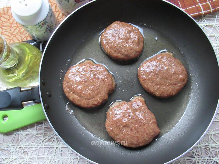 Печеночные котлеты из говяжьей печени - жарим котлеты
